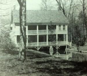 Pekin Farmhouse Ghost